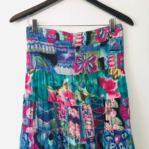 • fun vintage bright print maxi skirt •